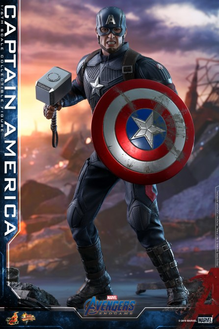Hot Toys 1/6th Scale MMS536 Avengers: Endgame Captain America Collectible Figure