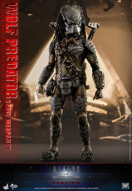 Hot Toys 1/6th Scale MMS443 Alien vs. Predator: Requiem Wolf Predator (Heavy Weaponry) Figure