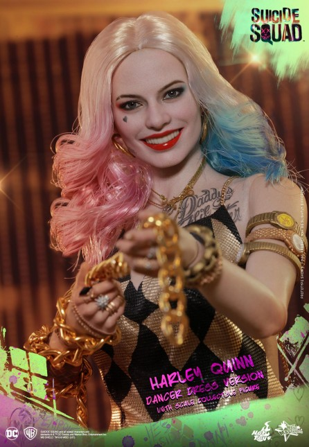 Hot Toys 1/6th Scale MMS439 Suicide Squad Harley Quinn (Dancer Dress Version) Figure