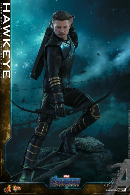 Hot Toys 1/6th Scale MMS531 Avengers: Endgame Hawkeye Collectible Figure