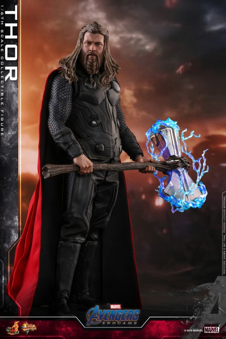 Hot Toys 1/6th Scale MMS557 Avengers: Endgame Thor Collectible Figure