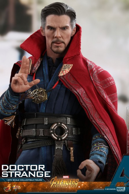 Hot Toys 1/6th Scale MMS484 Avengers: Infinity War Doctor Strange Collectible Figure
