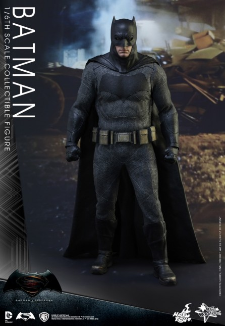 Hot Toys 1/6th Scale Batman v Superman: Dawn of Justice Batman Figure