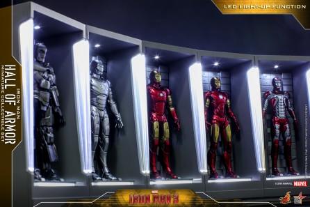 Hot Toys MMSC012 Iron Man 3 Iron Man Hall of Armor Miniature Collectible