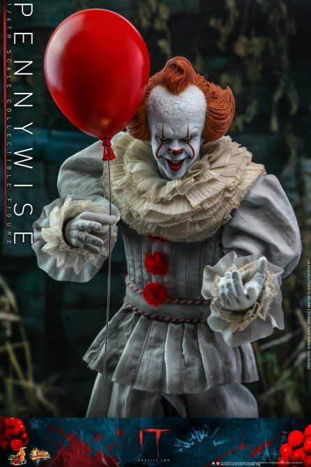 Hot Toys 1/6th Scale MMS555 IT Chapter Two Pennywise Collectible Figure