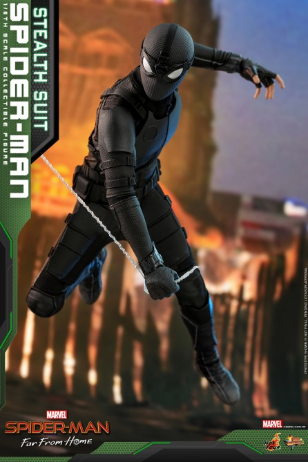 Hot Toys 1/6th Scale MMS540 Spider-Man: Far From Home Spider-Man (Stealth Suit) Collectible Figure