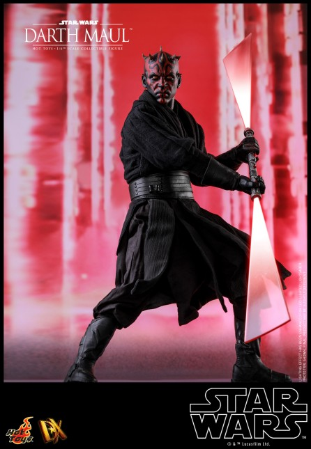 Hot Toys 1/6th Scale DX16 Star Wars Episode I: The Phantom Menace Darth Maul Collectible Figure