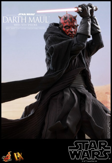 Hot Toys 1/6th Scale DX17 Star Wars Episode I: The Phantom Menace Darth Maul with Sith Speeder