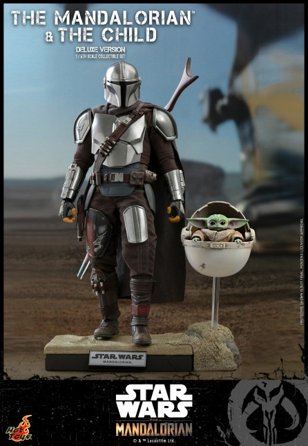 Hot Toys 1/6th Scale TMS015 The Mandalorian : The Mandalorian and The Child Collectible Set (Deluxe Version)