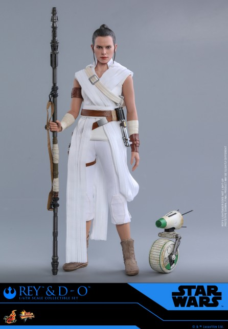 Hot Toys 1/6th Scale MMS559 Star Wars: The Rise of Skywalker Rey and D-O Collectible Set