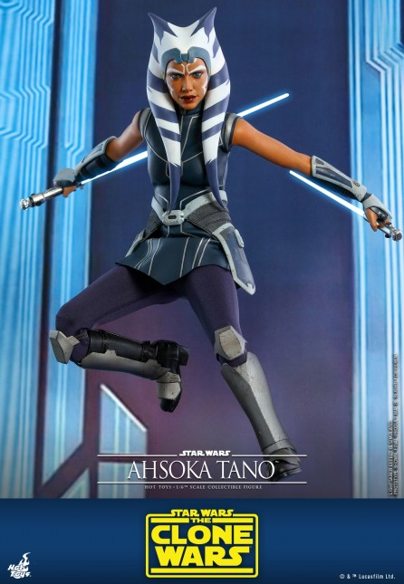 Hot Toys 1/6th Scale TMS021 Star Wars: The Clone Wars Ahsoka Tano Collectible Figure