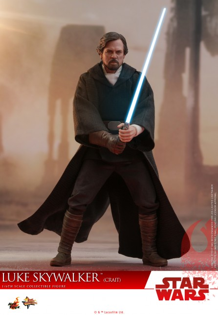 Hot Toys 1/6th Scale MMS507 Star Wars: The Last Jedi Luke Skywalker (Crait) Figure