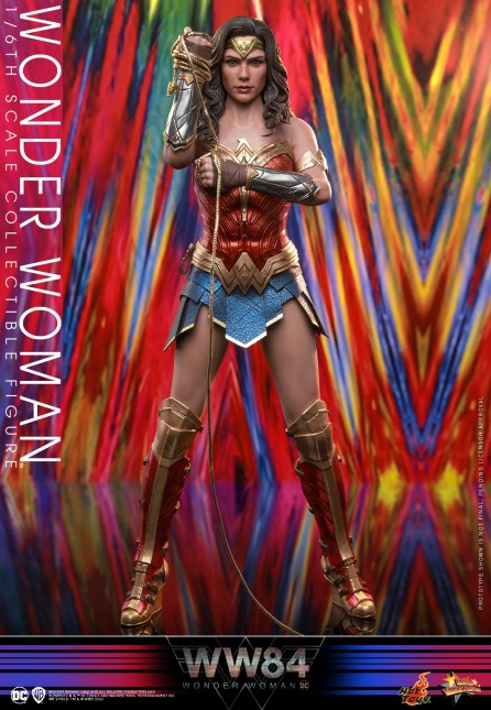Hot Toys 1/6th Scale MMS584 Wonder Woman 1984 Collectible Figure