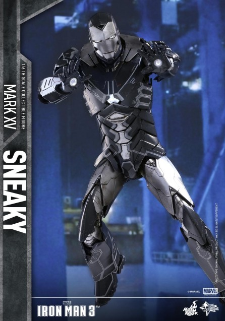 Hot Toys 1/6th Scale Iron Man 3 Sneaky (Mark XV) Collectible Figure