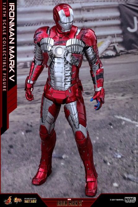 Hot Toys 1/6th Scale MMS400D18 Iron Man 2 Mark V Diecast Figure