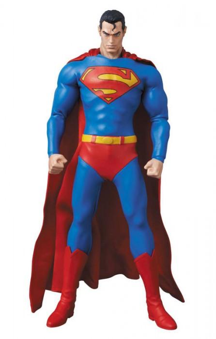 Medicom Toy 1/6 Scale RAH No.647 Superman Hush Figure