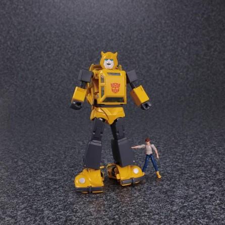 Takaratomy Transformers Masterpiece MP-45 Bumblebee Ver 2.0