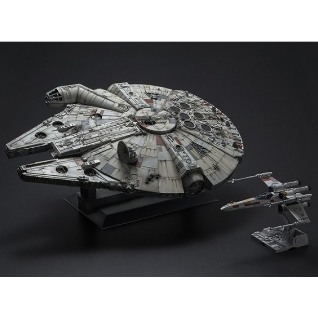 Bandai Star Wars 1/72 Scale PG Millennium Falcon Model Kit