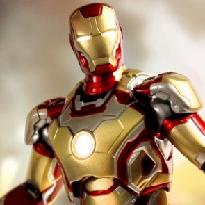Super Alloy 1/12 Scale Iron Man 3 Mark 42 Diecast Figure