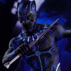 Hot Toys 1/6th Scale MMS470 Black Panther Collectible Figure