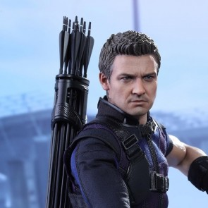 Hot Toys 1/6th Scale MMS358 Captain America Civil War Hawkeye Figure
