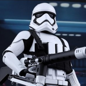 Hot Toys 1/6th Scale Star Wars: The Force Awakens First Order Heavy Gunner Stormtrooper