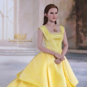 Hot Toys 1/6th Scale MMS422 Beauty and the Beast: Belle Collectible Figure