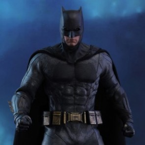 Hot Toys 1/6th Scale MMS455 Justice League Batman Collectible Figure