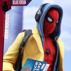 Hot Toys 1/6th Scale MMS426 Spider-Man: Homecoming Collectible Figure (Deluxe Version)