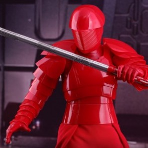 Hot Toys 1/6th Scale MMS453 Star Wars: The Last Jedi Praetorian Guard (With Heavy Blade)
