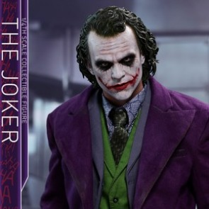 Hot Toys 1/4th Scale QS010 The Dark Knight The Joker Collectible Figure