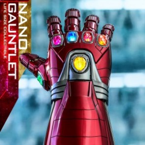 Hot Toys LMS007 Avengers: Endgame Nano Gauntlet Life-Size Collectible