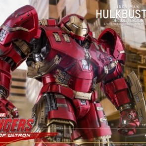 Hot Toys 1/6th scale MMS510 - Avengers: Age of Ultron Hulkbuster (Deluxe Version) Figure