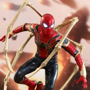 Hot Toys 1/6th Scale MMS482 Avengers: Infinity War Iron Spider Collectible Figure