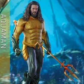 Hot Toys 1/6th Scale MMS518 Aquaman Collectible Figure