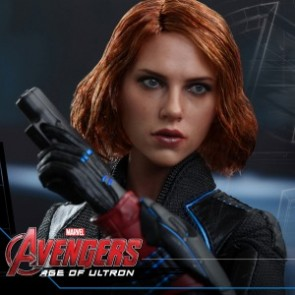 Hot Toys 1/6th Scale Avengers Age of Ultron Black Widow Figure