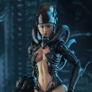 Hot Toys 1/6th Scale HAS002 Alien vs. Predator: Alien Girl Collectible Figure