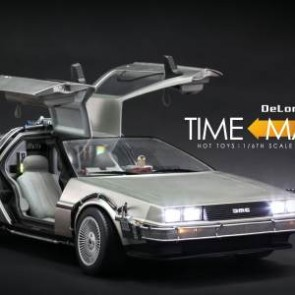 Hot Toys 1/6th Scale Back to the Future DeLorean Time Machine