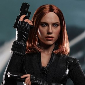 Hot Toys 1/6th Scale Captain America 2 The Winter Soldier Black Widow Figure