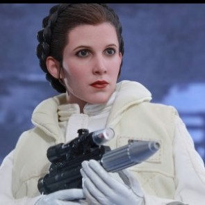 Hot Toys 1/6th Scale MMS423 Star Wars: The Empire Strikes Back Princess Leia Figure