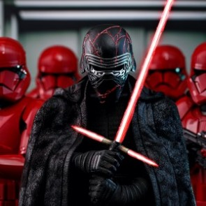 Hot Toys 1/6th Scale MMS560 Star Wars: The Rise of Skywalker Kylo Ren Collectible Figure
