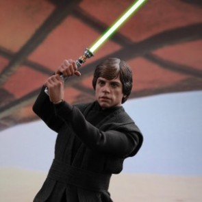 Hot Toys 1/6th Scale MMS429 Star Wars: Return of the Jedi Luke Skywalker Collectible Figure