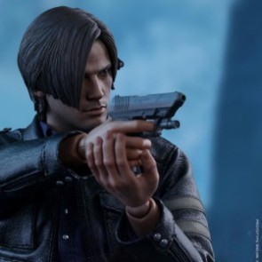 Hot Toys 1/6th Scale VGM22 Resident Evil 6: Leon S. Kennedy Collectible Figure