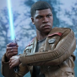 Hot Toys 1/6th Scale Star Wars The Force Awakens Finn Figure