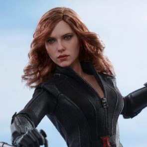 Hot Toys 1/6th Scale MMS365 Captain America: Civil War Black Widow Collectible Figure