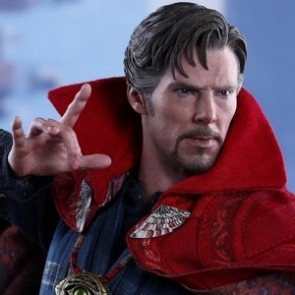 Hot Toys 1/6th Scale MMS387 Doctor Strange Collectible Figure