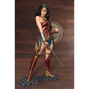 Kotobukiya 1/6th Scale Wonder Woman ArtFX Statue