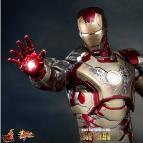 Hot Toys 1/6th Scale Iron Man 3 Mark XLII Diecast Figure