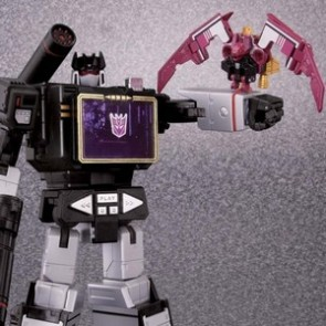 Takaratomy Transformers Masterpiece MP-13B Soundblaster