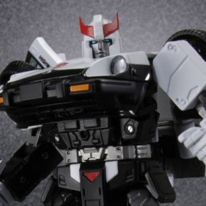 Takaratomy Transformers Masterpiece MP17 Prowl